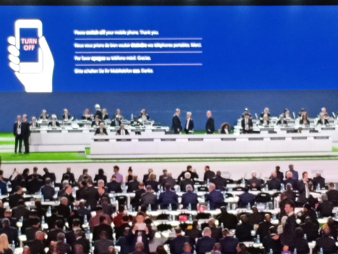 3,8 milliards de dollars de cash dans les comptes de la FIFA