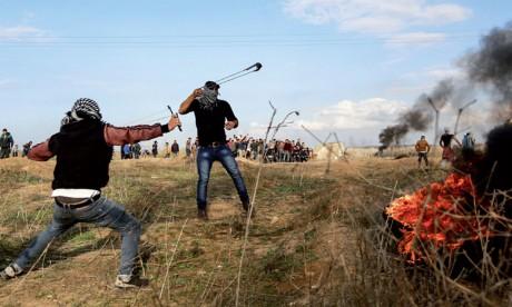 Au moins deux Palestiniens tués et 400 autres blessés à la frontière avec Israël