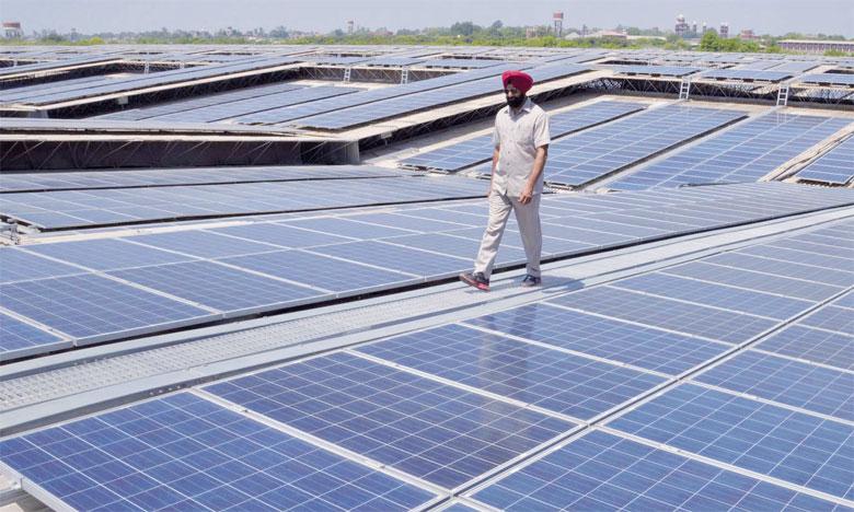 Actuellement, 5 des 10 plus grands parcs solaires du monde en construction se trouvent en Inde qui a atteint son objectif initial de 20 gigawatts grâce à l'énergie solaire. Ph. DR
