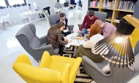 «Il faut prévoir des espaces dédiés aux échanges oraux en créant des espaces de phone box ou des espaces de réunion informelle.»