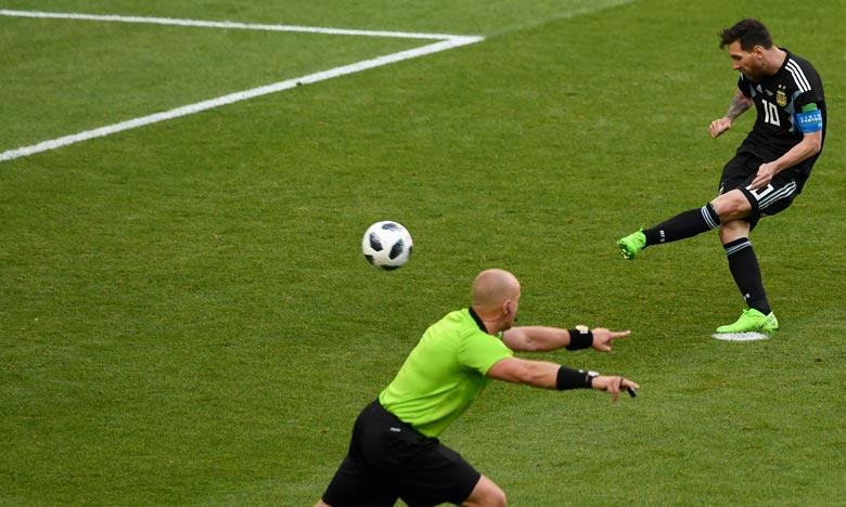 La star argentine, Lionel Messi, n'a pas réussi à faire mieux qu'un match nul (1-1) face à une équipe islandaise qui a créé l'exploit pour son premier match du Mondial. Ph : AFP