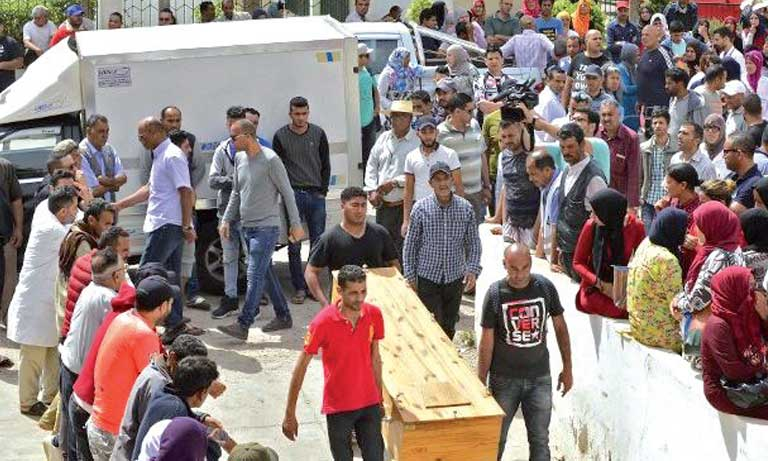 74 migrants morts noyés repêchés au large de Sfax