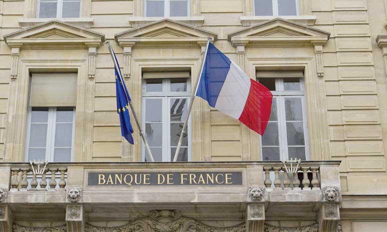 Selon la Banque de France, les financements à effet de levier sont en forte croissance au cours des derniers trimestres et cette évolution s'accompagne d'un assouplissement des clauses contractuelles et d'un fort appétit pour le risque des investisseurs.