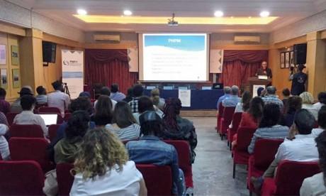 La PNPM lance le débat sur l'accès aux  services publics pour les migrants au Maroc