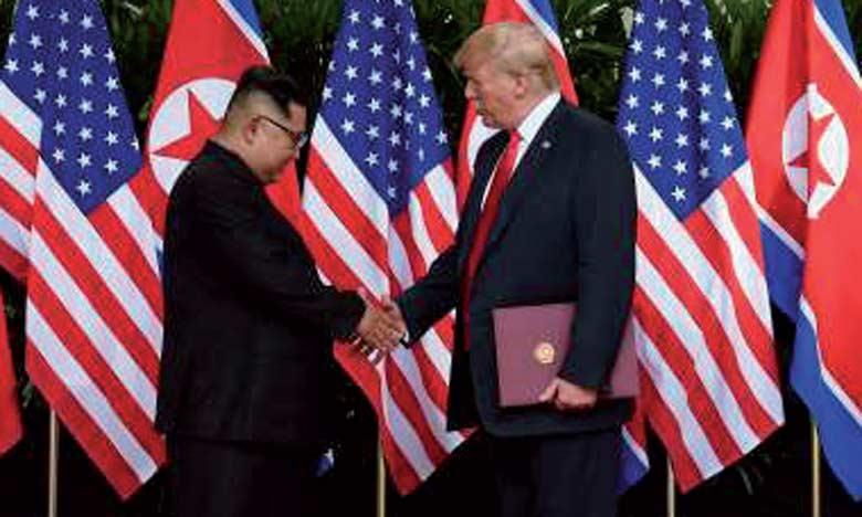 Donald Trump a conclu son sommet historique avec Kim Jong-un en déclarant que les États-Unis arrêteraient les exercices militaires sur la péninsule coréenne, dans une concession importante à la Corée du Nord.                                                               Ph. Reuters