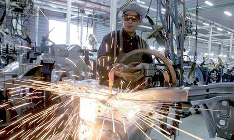 La période estivale favorable à l'activité industrielle