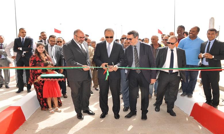 Le nouvel échangeur est doté de deux gares de péage totalisant dix voies. Ph. DR