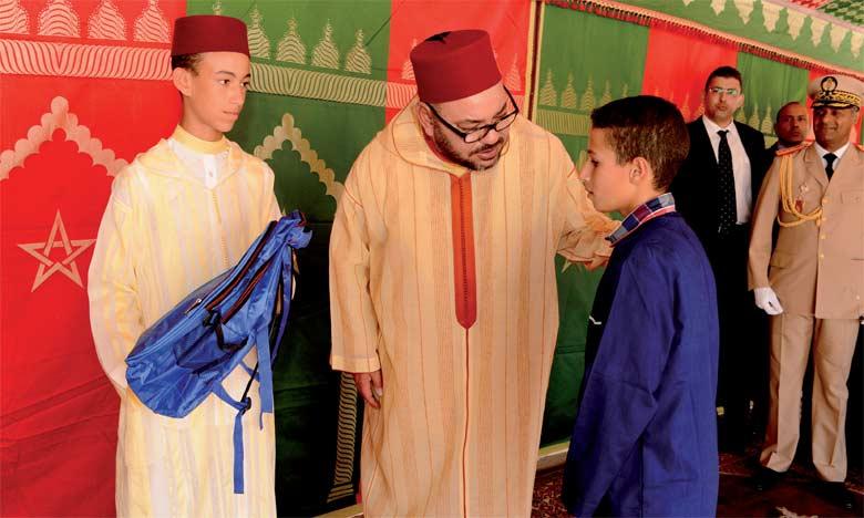 S.M. le Roi Mohammed VI avait donné, le 23 septembre 2016 à l'école Moulay Youssef à Tanger, le coup d'envoi officiel de la rentrée  scolaire 2016-2017. Ph. MAP