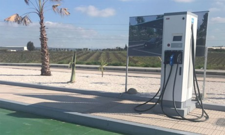 Quinze stations-service Total Maroc équipées  de bornes de recharge