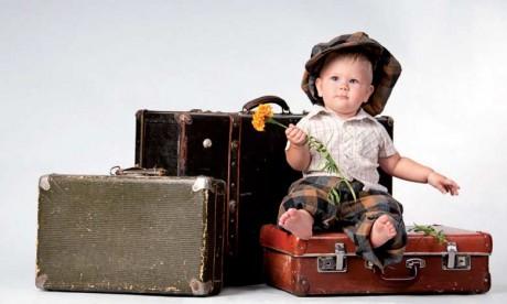 Emmener bébé en voyage: les précautions à prendre