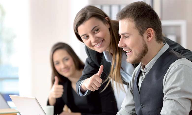 La psychologie positive en entreprise permet de garantir l'épanouissement des collaborateurs en donnant un sens à ce qu'ils font.