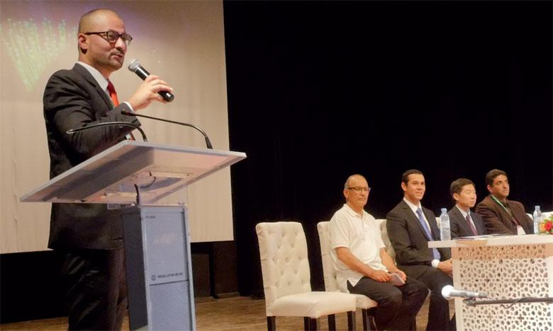 Le débat a principalement été focalisé sur la concrétisation de partenariats et d'accords de coopération décentralisée, notamment au niveau de la capitale du Gharb.
