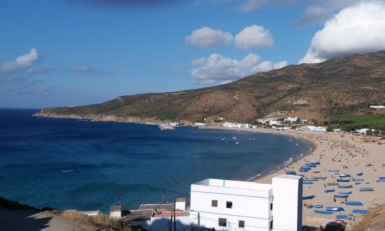 En signe de respect des exigences en matière de qualité des eaux, de sécurité des baignades et de gestion environnementale, le «Pavillon bleu» a été hissé, sur la plage Dalia à la province de Fahs-Anjra, pour la 3e année consécutive. Ph : DR