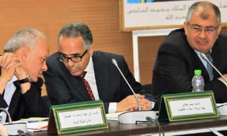 Les programmes intégrés pour la préfecture  de Skhirate-Témara et la province de Sidi Slimane  au centre d'une rencontre de coordination à Rabat