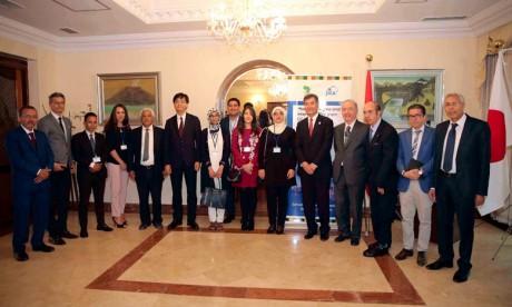 Six bourses octroyées à des étudiants marocains