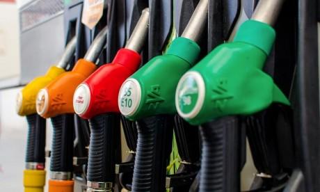 Distribution de carburants : le gouvernement exige plus de transparence sur les prix