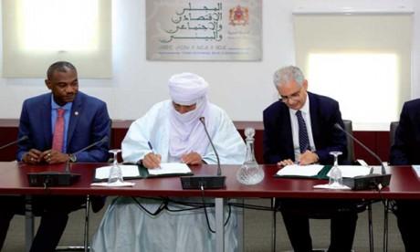 Signature d'une convention de partenariat entre le CESE et le CES du Niger