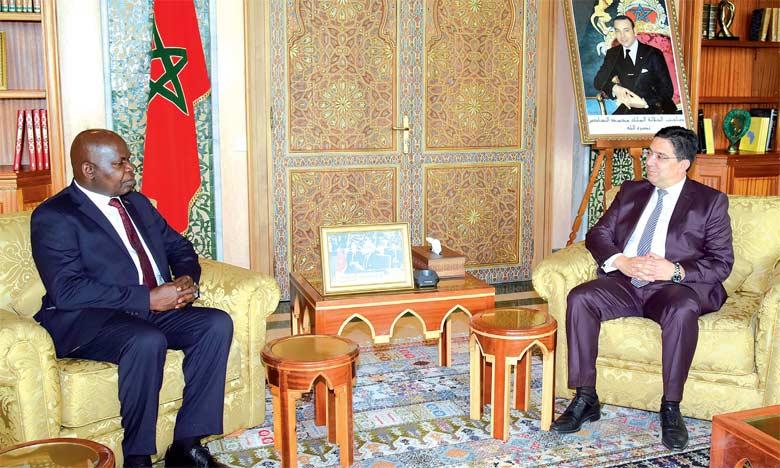 Nasser Bourita et son homologue malawien, Emmanuel Fabiano.