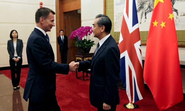 Lors d'une conférence de presse avec son homologue chinois Wang Yi, Jeremy Hunt a rapporté que Pékin avait suggéré un accord de libre-échange avec le Royaume-Uni, lorsque ce pays aura quitté l'UE, fin mars 2019.. Ph : AFP