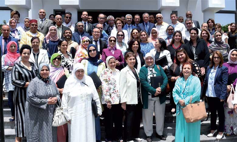 À l'issue de cette réunion, il a été recommandé de mobiliser l'ensemble des acteurs et partenaires multifonctionnels pour relever les défis posés par la gestion des centres d'accueil, l'encadrement des ressources humaines et le suivi des activités réalisées sur le terrain.