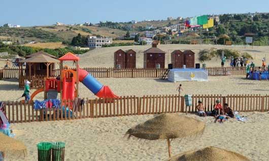 La plage d'Oued Alian bat Pavillon bleu