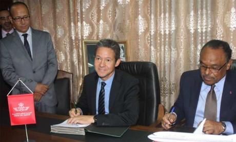 Royal Air Maroc soutient «Écrans noirs»