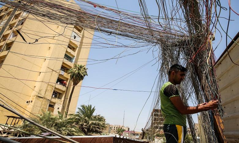 Le ministre a fait les frais des manifestations qui secouent depuis trois semaines le sud de l'Irak notamment pour dénoncer la pénurie chronique de courant. Ph. AFP