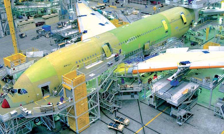 La flotte mondiale d'avions passagers va plus que doubler pour atteindre 48.000 appareils en 20 ans avec  une croissance du trafic aérien estimé à 4,4% par an, selon Airbus.