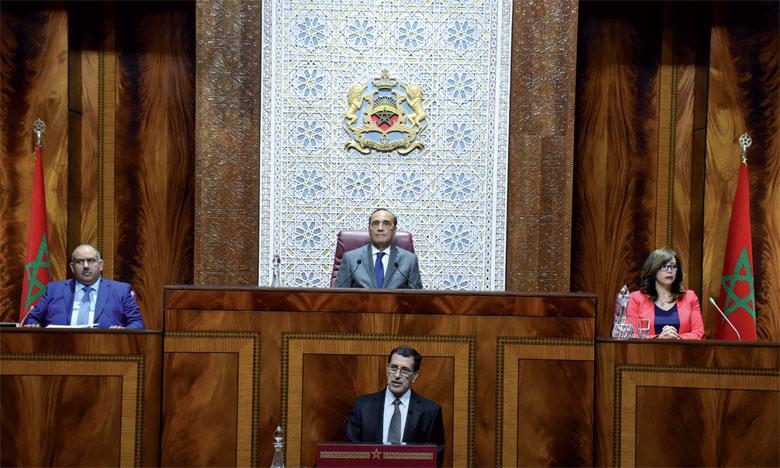 Le Chef de gouvernement a insisté sur l'importance de la démocratie participative dans ce processus irréversible dans lequel s'est engagé le Maroc depuis plusieurs années.                                            Ph. Kartouch