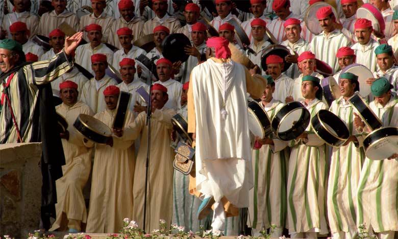 Le spectacle d'Ahidous a regroupé 23 troupes composées de 240 chanteurs et danseurs.