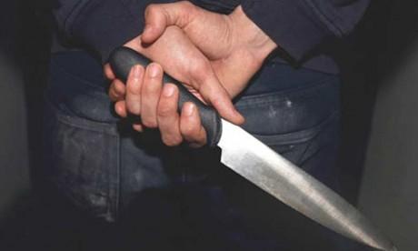 Neutralisation d'un individu brandissant un couteau dans un poste de police à Meknès