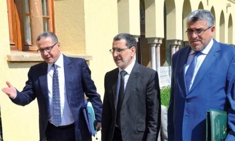 Saâd Eddine El Othmani appelle à prendre  les mesures nécessaires afin d'assurer  le confort et la sécurité des estivants