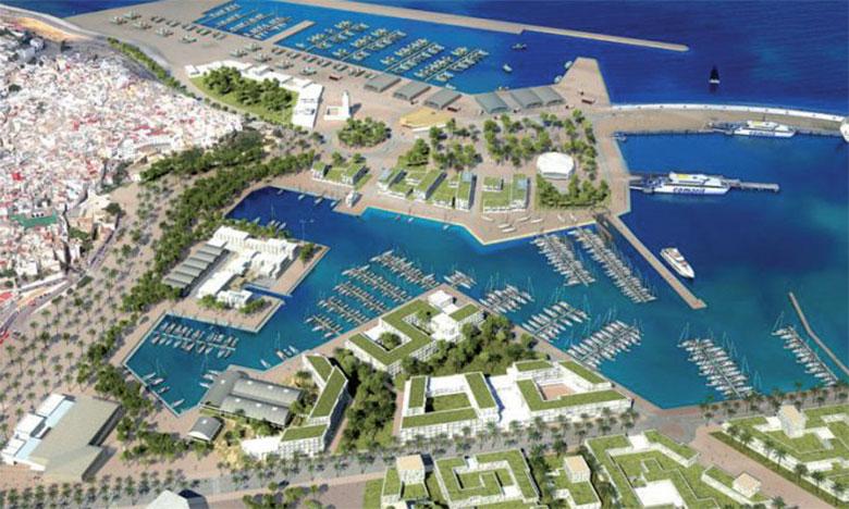 Une marina urbaine au cœur  de la baie de Tanger