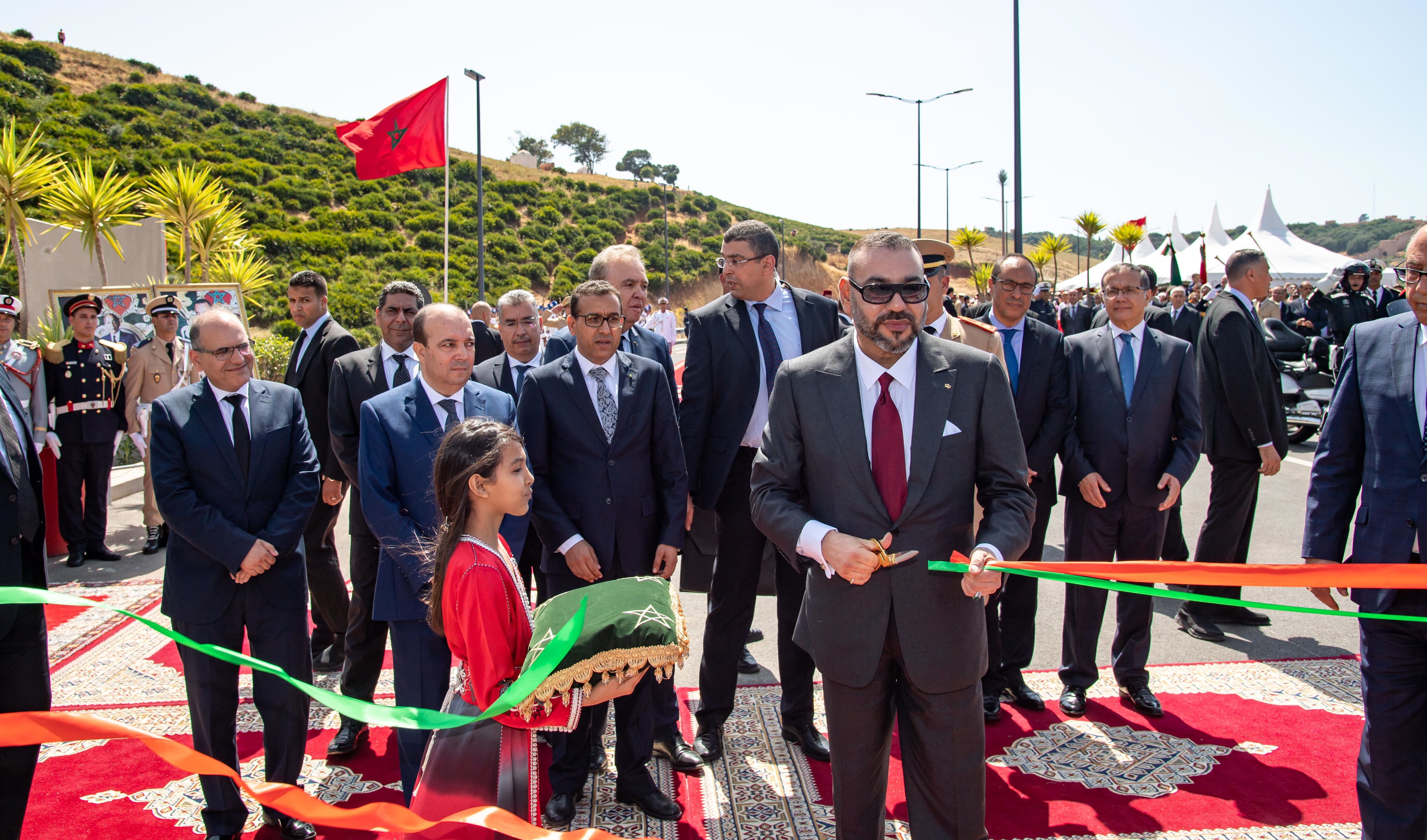 S.M. le Roi inaugure la rocade urbaine N°2 de Rabat-Salé, un projet structurant qui répond aux problématiques de mobilité entre les deux villes jumelles