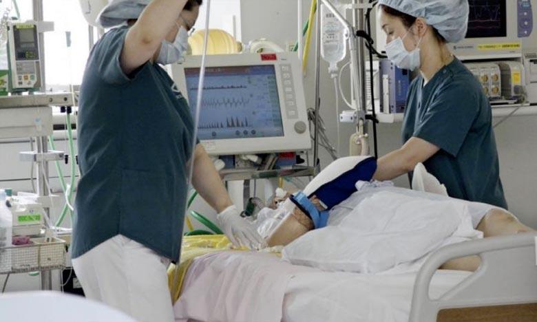 Cinq décès et 2.000 personnes hospitalisées