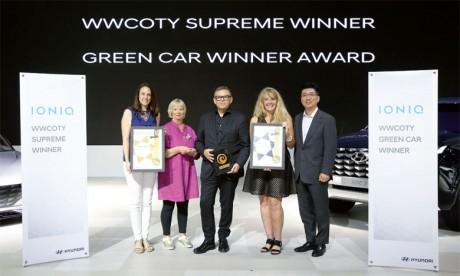 Deux Prix pour Hyundai Ioniq