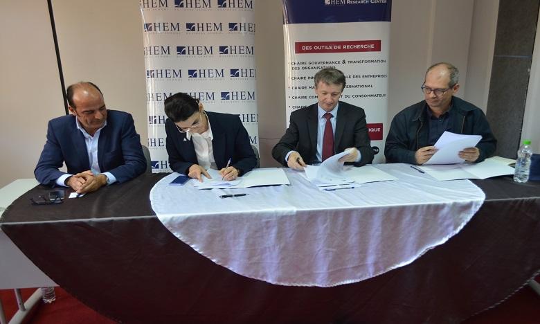 Lydec & Economia, HEM Research Center ont signé une convention de partenariat sur les thématiques du développement durable et de l'innovation sociale.