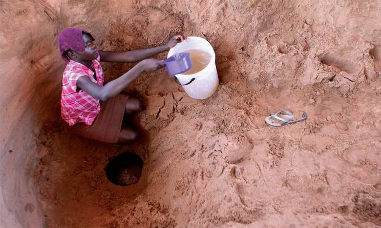 Lors de la COP 23, Bonn en novembre2017, il a été rappelé que l'Afrique dispose de plus de 5.000 milliards de mètres cubes d'eau dans ses nappes phréatiques alors qu'environ 320 millions d'habitants ne bénéficient pas d'eau potable en raison des infrastructures inexistantes ou non performantes.  Ph. Reuters