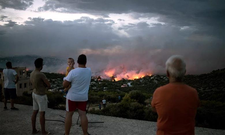 La plupart des victimes ont été piégées dans le secteur de la localité balnéaire de Mati, à 40 km au nord-est d'Athènes, à leur domicile ou dans leurs voitures. Ph : AFP