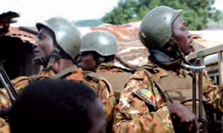 L'attaque d'un convoi transportant du matériel électoral fait 12 morts