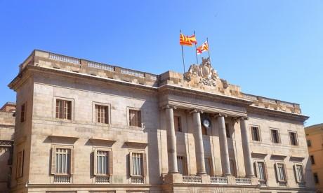 L'opposition appelle à la démission de la maire de Barcelone