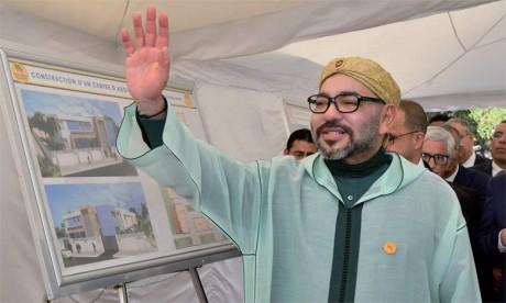 3 juin 2018: S.M. le Roi Mohammed VI a procédé, à Benslimane, au lancement des travaux de construction  d'un Centre d'addictologie, un projet solidaire qui traduit la Haute Sollicitude Royale envers les jeunes.            Ph. MAP