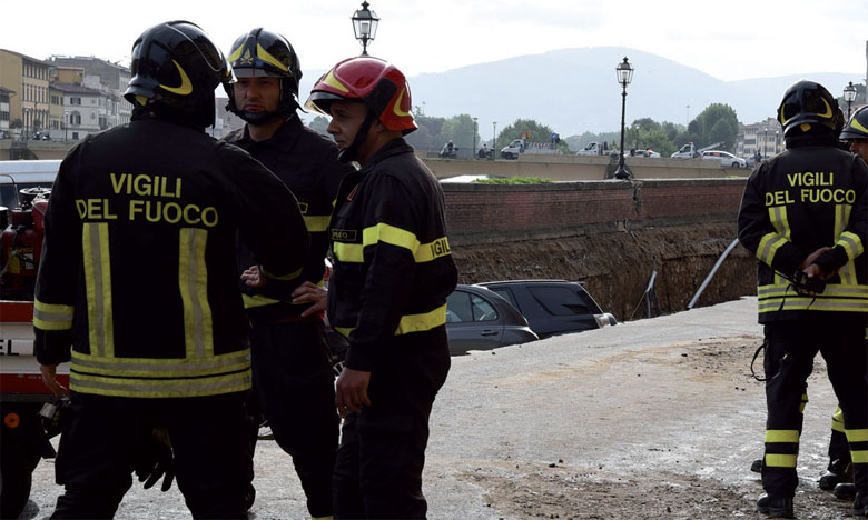 L'effondrement d'un viaduc fait au moins 30 morts