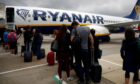 Ryanair met fin à la gratuité de la petite valise