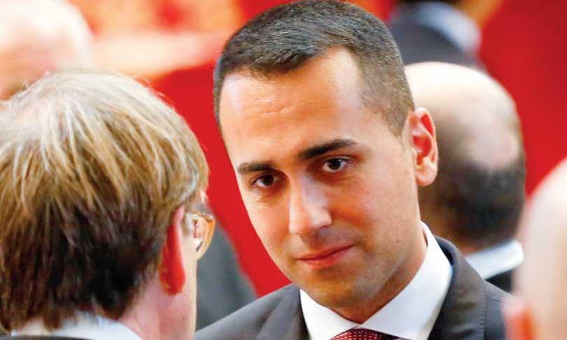 «Les menaces ne mènent nulle part», répond l'UE à l'Italie