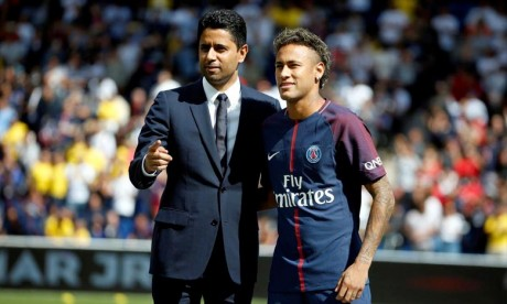 "Neymar assure qu'il sera ""à Paris"" l'année prochaine"