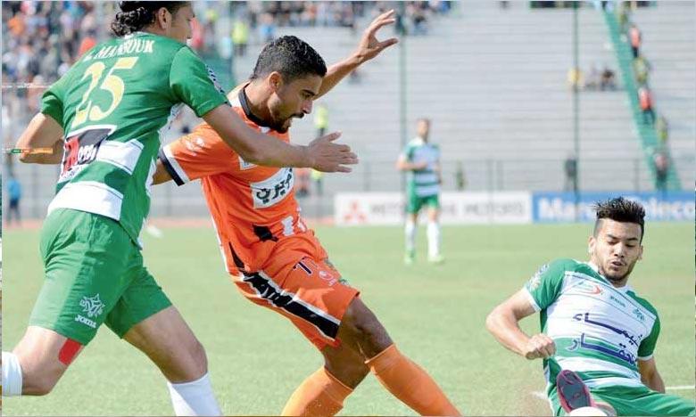 En match d'ouverture de la 1ère journée de la Botola Pro Maroc Telecom D1, la Renaissance Sportive Berkane (RSB) et le Mouloudia Club Oujda (MCO), se sont quittés sur un nul (1-1), à Berkane. Ph : DR