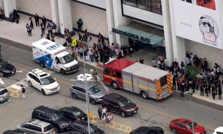 La police de Toronto procédait jeudi à l'évacuation d'un centre commercial du nord de la plus grande ville du Canada après que des coups de feu ont été rapporté. Ph : AFP