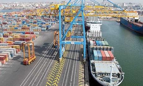 AXS Ingénierie pour évaluer 19  engins de levage portuaires lourds