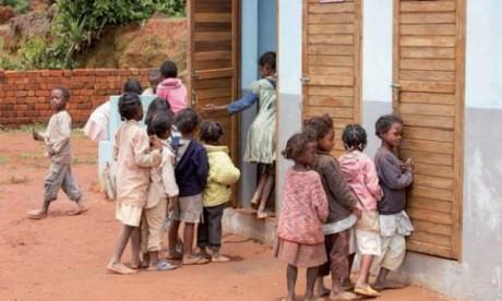 L'Unicef et LIXIL contribuent à assurer  l'assainissement aux enfants dans le monde
